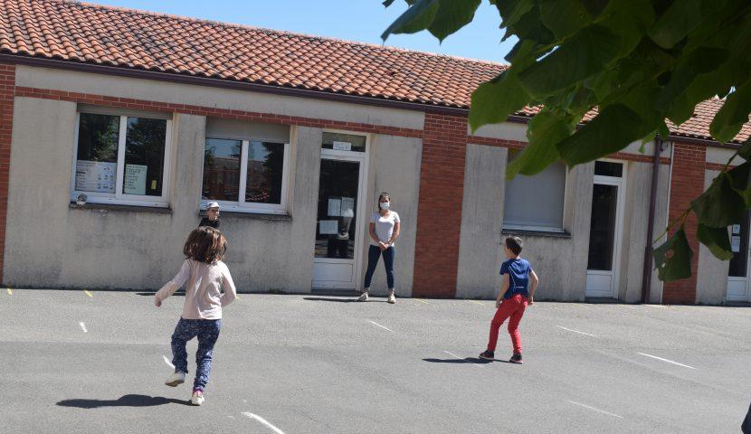 Reprise de l'école à Paul Eluard